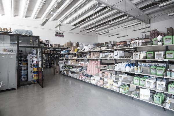 carcolor-magazzino